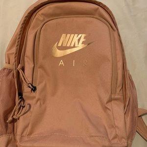 Nike Air Hayward Backpack rose gold